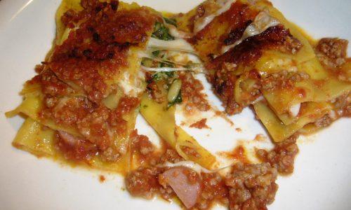 Lasagne con Pesto alla Genovese e Ragù di Carne