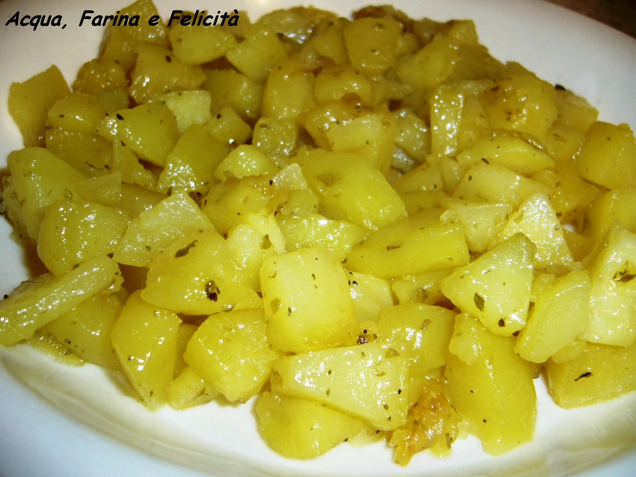 Patate al latte vegetale in Padella