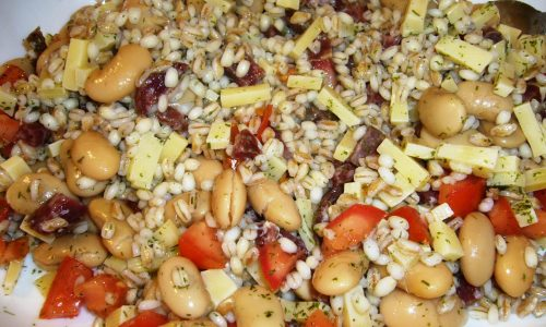 Insalata di Cereali con Fagioli e…tanto altro :-)