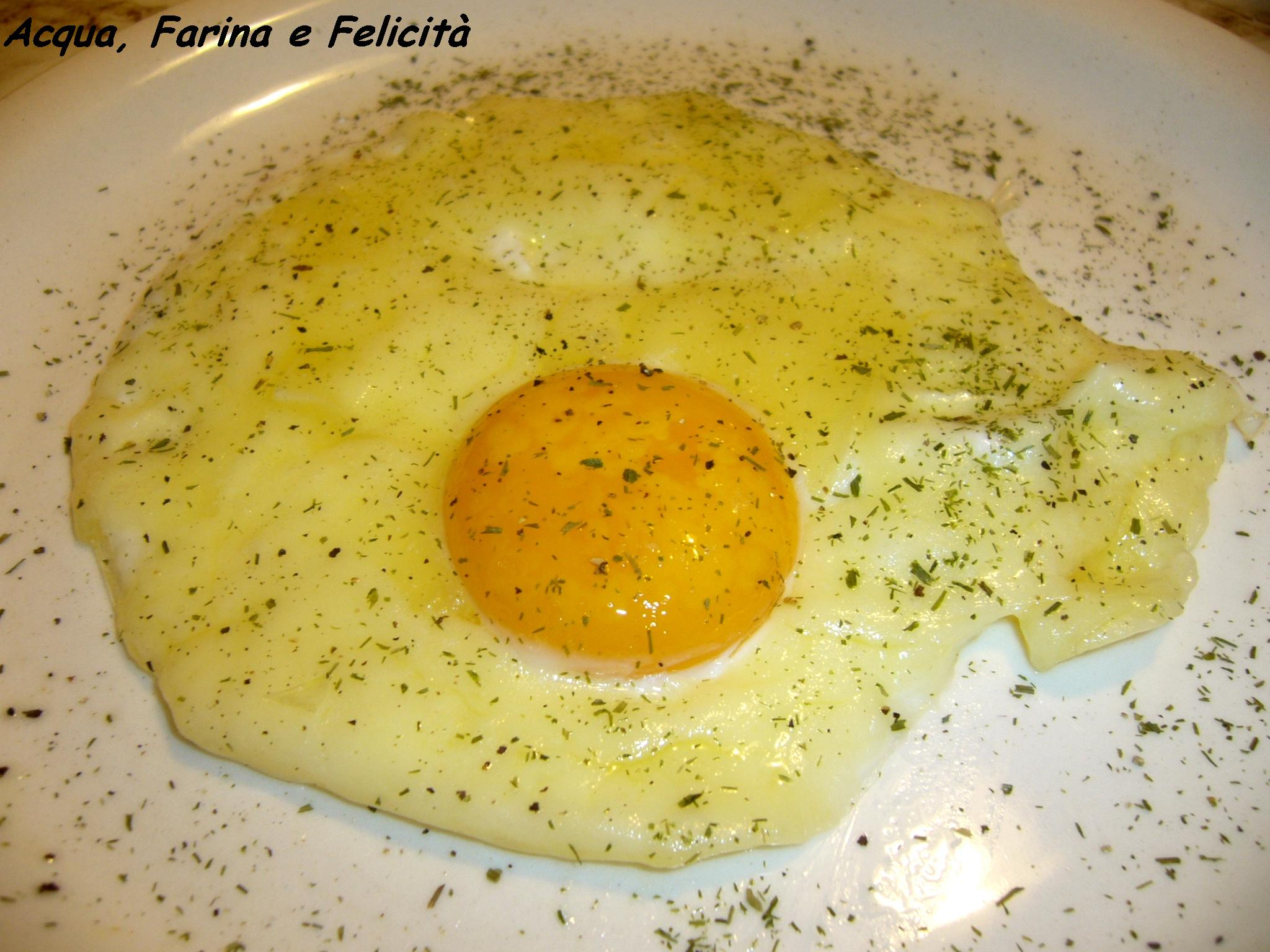 uovo al tegamino con formaggio