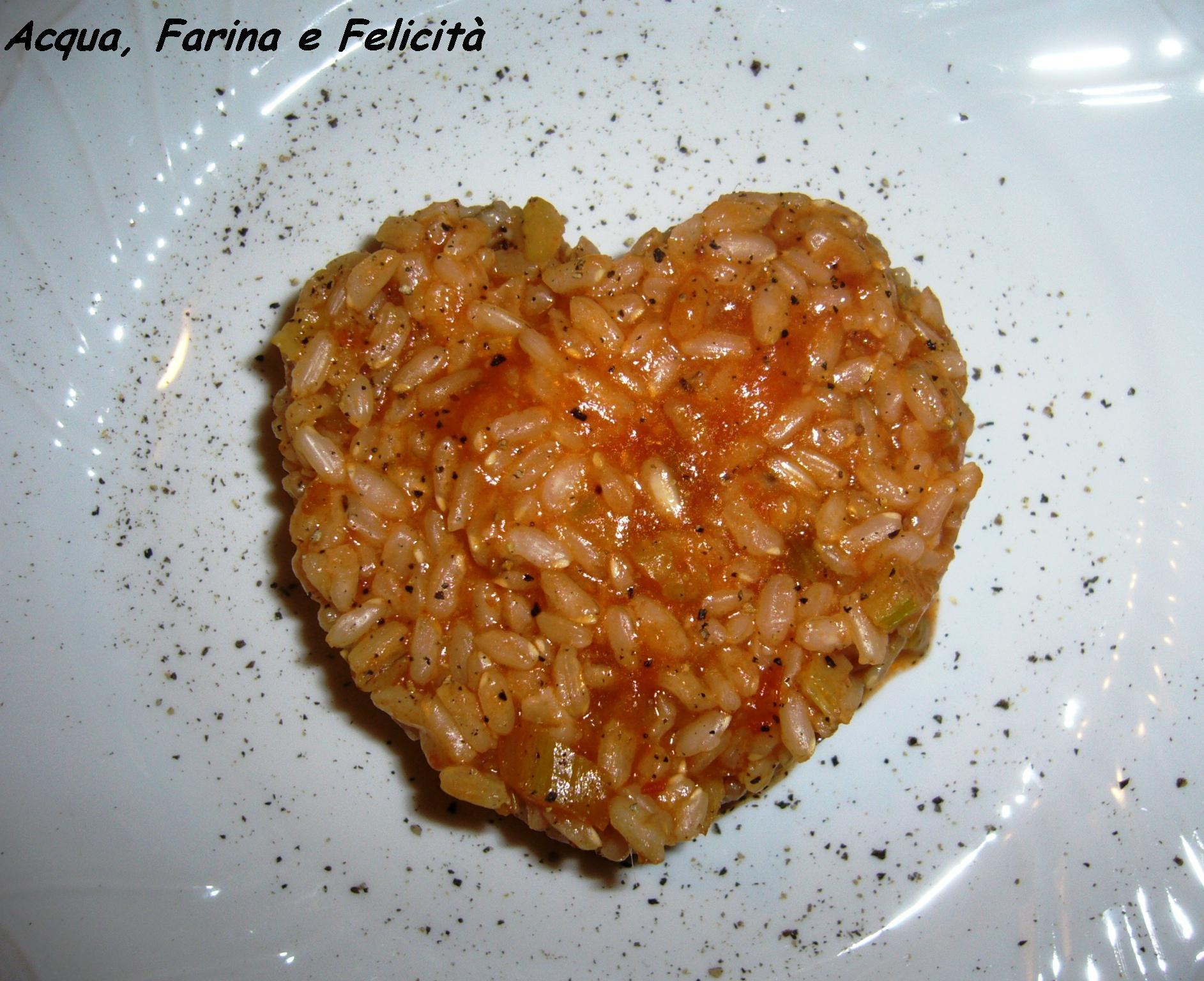 Risotto Rosso con Pomodoro, Sedano e Acciughe | Acqua, Farina e ...