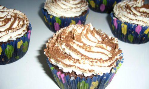 Tiramisu Cupcakes senza Uova Crude