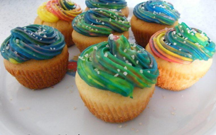 Cupcakes di Carnevale al Cioccolato Bianco