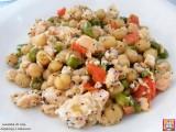 insalata di ceci, asparagi e salmone