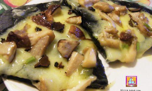 Pizza Nera con Porcini e Tartufo