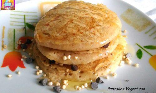 Pancakes Vegani con Cioccolato e Cereali Soffiati